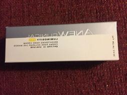 Avon Anew Clinical Luminosity Pro Brightening Hand Cream  SP