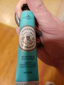 NEW SEALED La Chatelaine 20% Shea Butter Coconut Milk Hand C