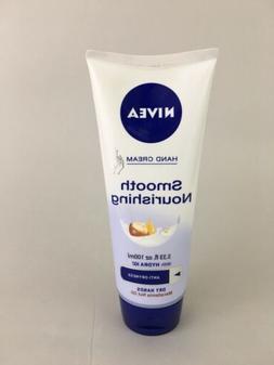 Nivea Smooth Nourishing Hand Cream Hydra IQ Macadamia Dry Ha